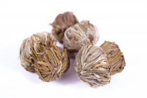 Чай связанный Красная лилия 1 шт